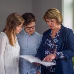 Bør negativ informasjon om boligen være med i annonsen?